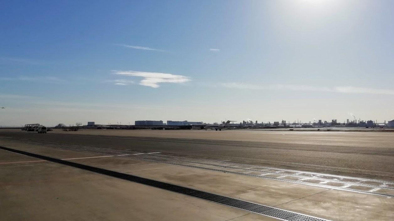 日本航空(JAL)工場見学ツアー 滑走路