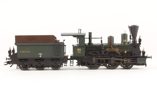 hattons.co.uk - Trix 22184-LN Class B VI Loco - Royal ...
