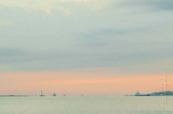 le phare de Friedrichsort à l'aube, Kiel Fjord