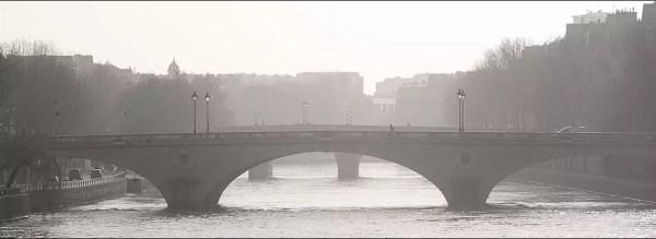 Paris à l'aube