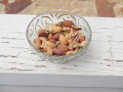 Studies Show Pistachios Good for Heart, Weight Control, Pregnancies