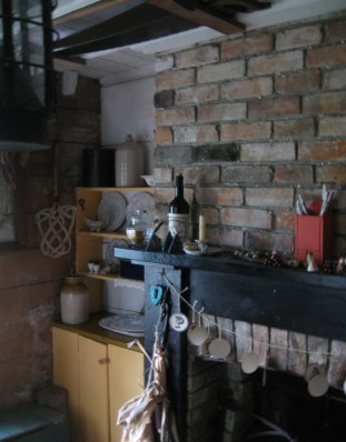 Sgt Fords Cottage Kitchen