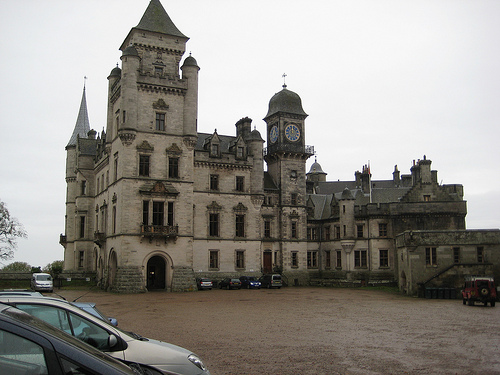 Photo of Dunrobin Castle courtesy of Jade Walker