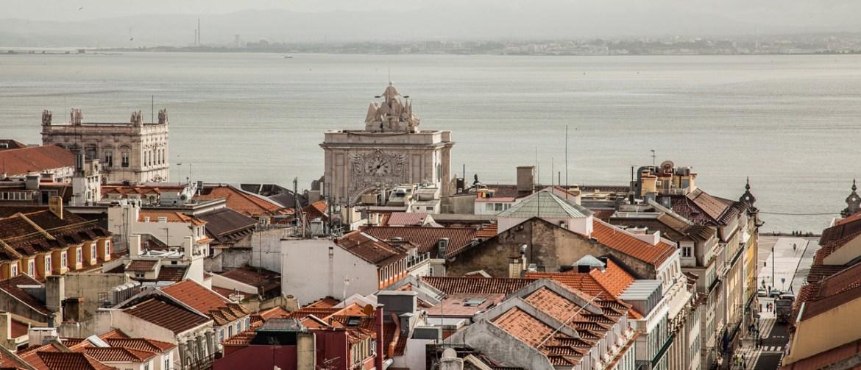 Terreiro do Paco - Blick auf die Altstadt von Lissabon