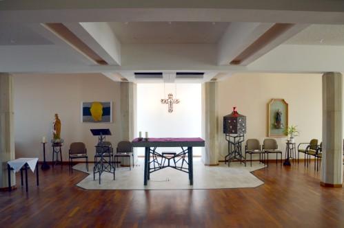 Altarinsel der Hauskapelle (Foto: Rücker)