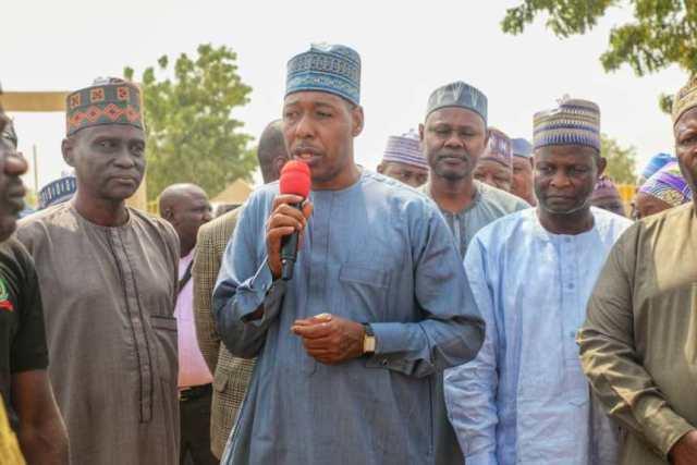 Zulum Ya Mika Tallafi Ga Gidaje 10,000, A Garin Ran Da Ke Higar Borno