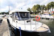 Hausboot-Campio-in-Masuren-Hausboot-Ferien-Masuren,-Hausboot-Urlaub-Masuren