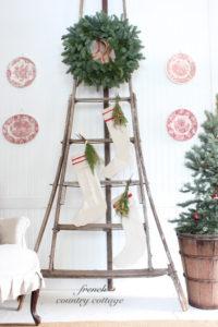 Christmas-Stocking-Ladder-Display-200x300