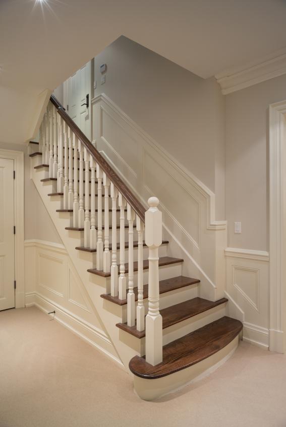 Alte Holztreppe aufdoppeln » Schrittweise Anleitung
