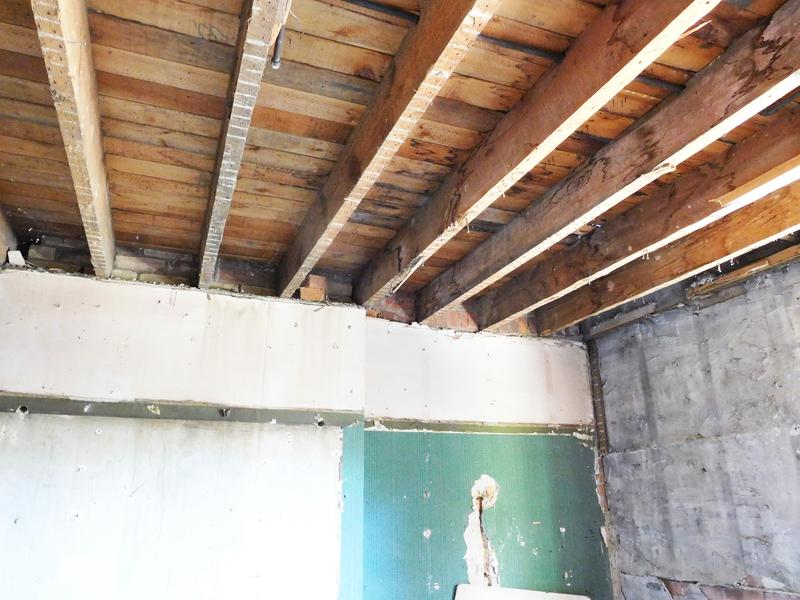 Holzbalkendecke sanieren » Sanierungsarbeiten im Überblick
