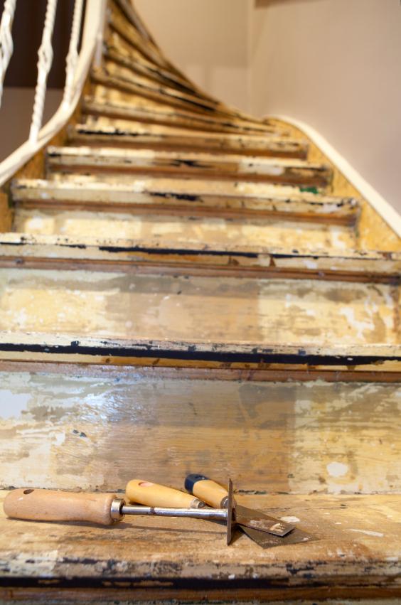 Holztreppen renovieren » Anleitung in 5 Schritten