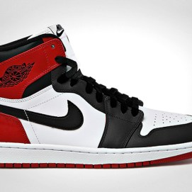 "Air Jordan 1 Retro Hi OG ""Black Toe' sneakers"
