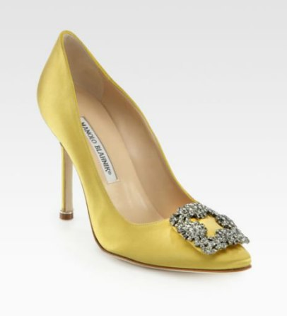 Manolo Blahnik Hangisi jewel pumps