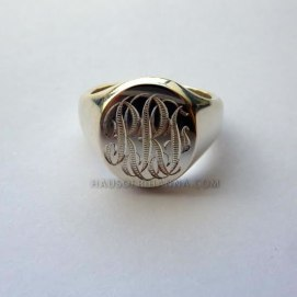 Sophie Breitmeyer personalised oval signet ring