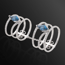 Dionea Orcini Linee Misteriose white diamond and topaz ring