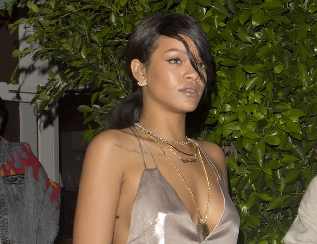 Rihanna wearing Yvonne Leon pearl ear jacket, Kentshire diamond necklace, Mala by Patty Rodriguez Where you from? Bridgetown necklace
