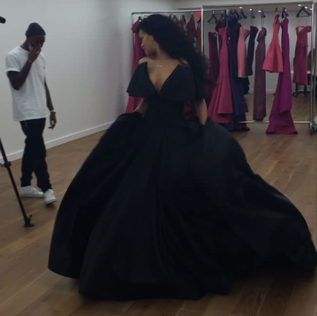 Rihanna wearing Zac Posen Fall 2014 black gown