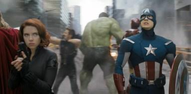 avengers-fighting
