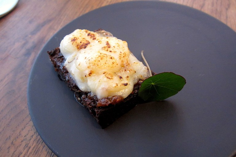 Isle of Mull cheddar, caramelised onion jam, malt loaf bread