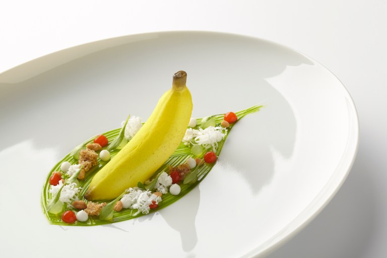 Baby Banana Thai - Coconut, lemongrass, coriander, peanut & chili by Aqua. Photo: Götz Wrage