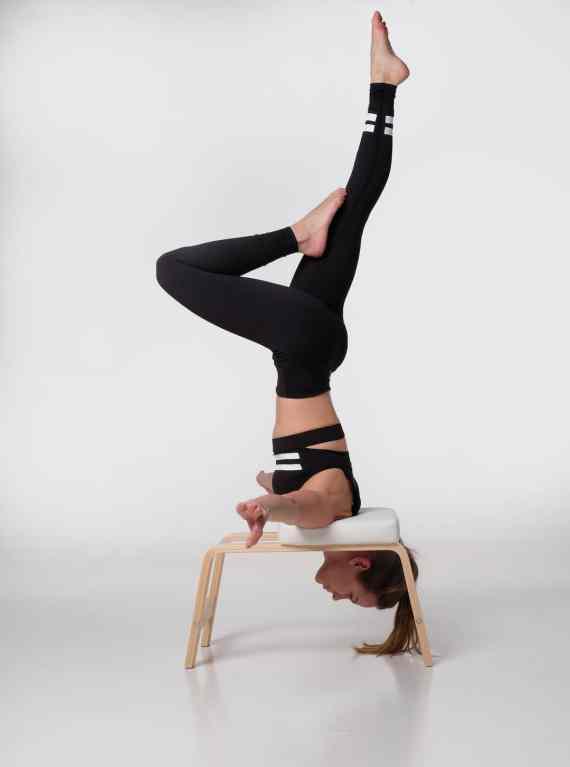 @yogakristine in the Pandora Flexi Set