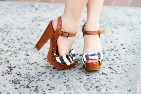 An Dyer Wearing Jessica Simpson Terrii Navy Sailer Stripe