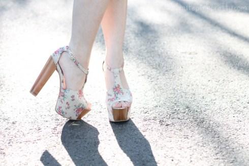 www.HautePinkPretty.com - An Dyer wearing Jessica Simpson Dany Oatmeal Vintage Floral