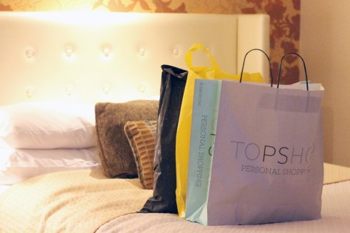 HautePinkPretty Vegas Shopping Haul - TopShop Forever 21 and Zara - Bellagio Hotel Room