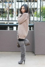 an-dyer-in-chunky-oversized-cable-knit-sweater-bakers-otk-suede-taupe-boots-louis-vuitton-ribera-mm-transparent-monogram-inclusion-translucide-pendant-decree-white-stone-ring-jewe1