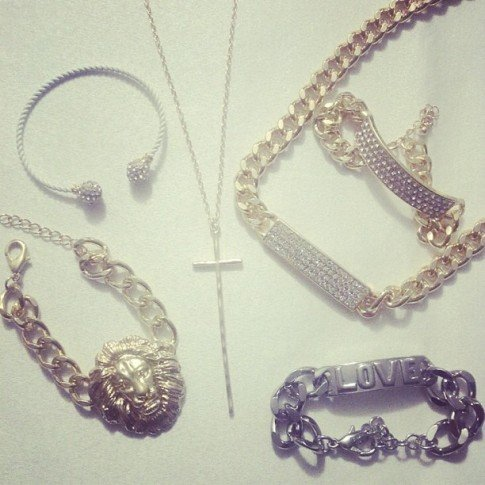 Glint & Gleam haul from ShopLately.com - I've been obsessed with chunky, gaudy jewelry lately! I especially love the blinged out chain necklace & bracelet set on the upper left!
