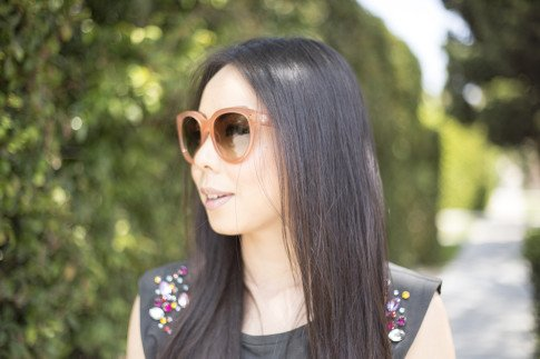 An Dyer wearing Celine Paris Audrey Sunglasses in Blush Pink