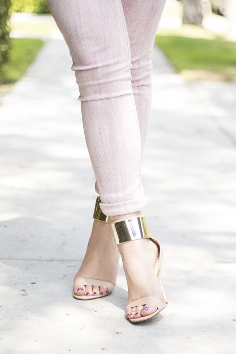 An Dyer wearing Rich & Skinny Jeans Skinny Ankle Peg in Piglet, Bebe Jacqueline Metal Cuff Stilleto Sandals