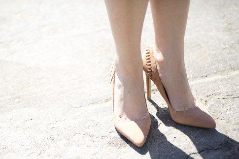 An Dyer wearing ShoeMint Lulu Nude Suede Pumps