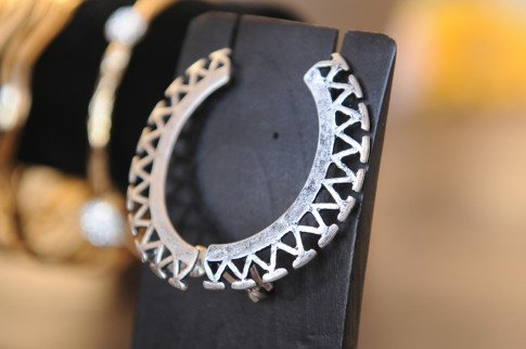 Haute Betts Antique Silver Ear Cuff