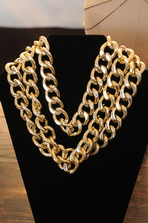 Haute Betts chunky chain necklace
