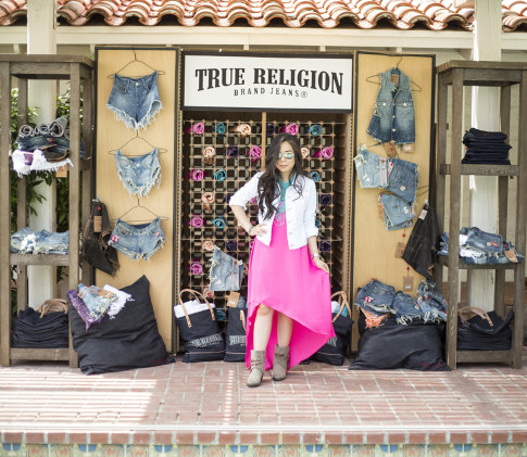 HautePinkPretty An Dyer wearing True Religion Jacket, BCBGMaxazria Dress & Necklace, Steve Madden Boots