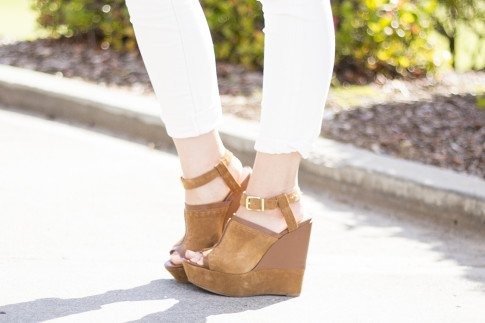 An Dyer wearing Sole Society Daniella Wedges