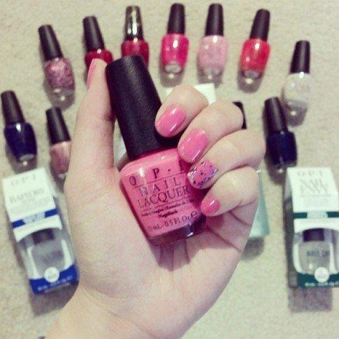 I chose their Elephantastic Pink for my mani!