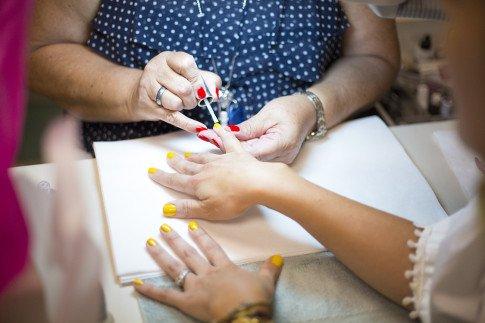 Vogue Influencers Visit OPI Headquarters - Beth Jones BJonesStyle getting a manicure