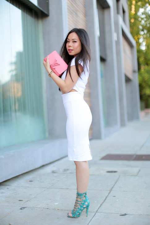 An Dyer wearing All White Bebe Street Style Louis Vuitton Louise Corail, JustFab Taesha