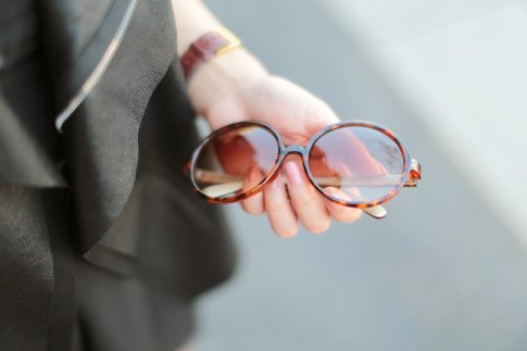 Foster Grant Vintage Round Sunglasses