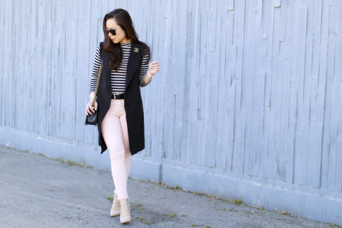 An Dyer wearing Long Vest Blazer Sleevelss Coat Chanel Brooch Stripe Shirt Pink Jeans nude pumps