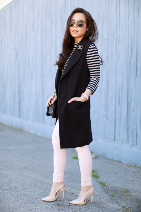 An Dyer wearing Long Vest Blazer Sleevelss Coat Chanel Brooch Stripe Sleeves Pink Jeans