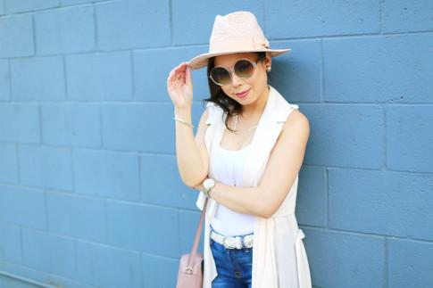 An Dyer wearing Komono Clear Round Sunglasses
