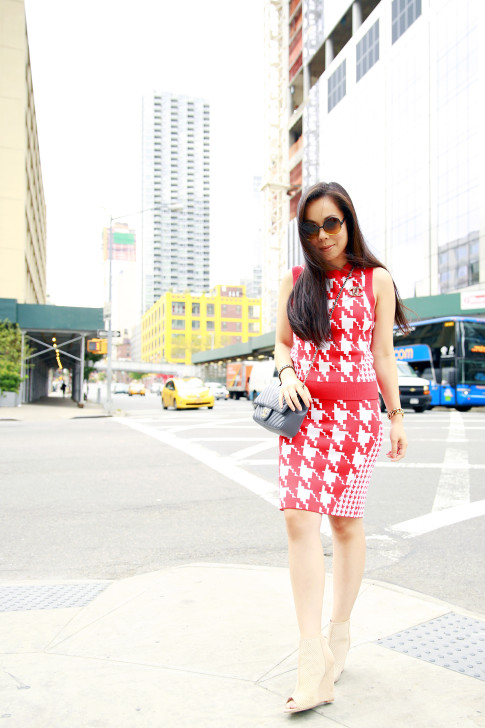 An Dyer New York Fashion Week SS16 StreetStyle Chanel Brooch Chevron Flap, Vassallo Houndstooth, ShoeDazzle