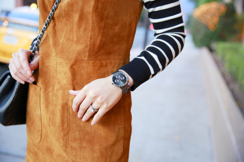 An Dyer wearing Black Charming Charlie Watch