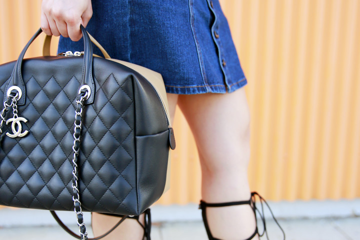 An Dyer carrying Chanel Spring 2016 Quilted Bowler
