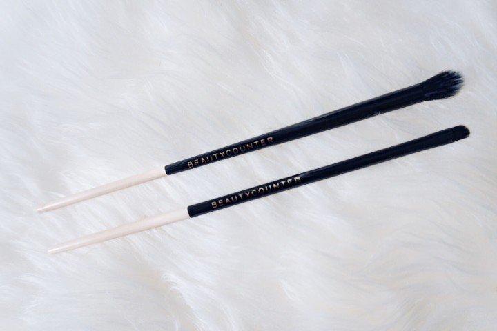 BEAUTYCOUNTER Crease Eye Brush and Precision Brush