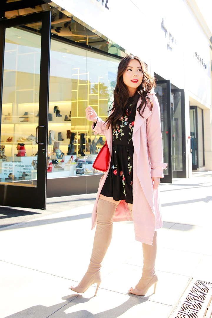 an-dyer-wearing-chicwish-pink-trench-coat-with-schutz-over-the-knee-peeptoe-nude-tan-suede-boots