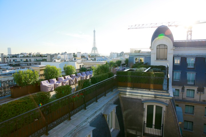 eiffel-tour-tower-from-peninsula-paris-rooftop